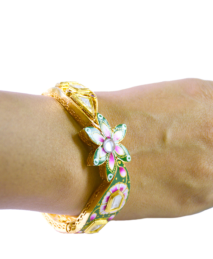 Contemporary Suditi Flower Bracelet