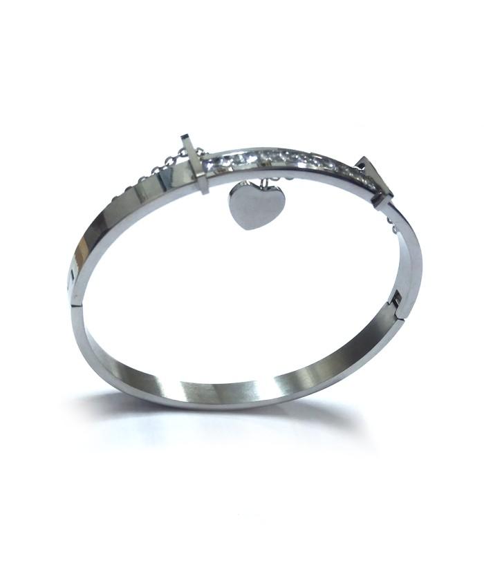Fashionable Latika Bracelet